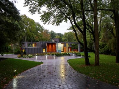 Sands Point NY Landscape Architecture // Modern Home Driveway